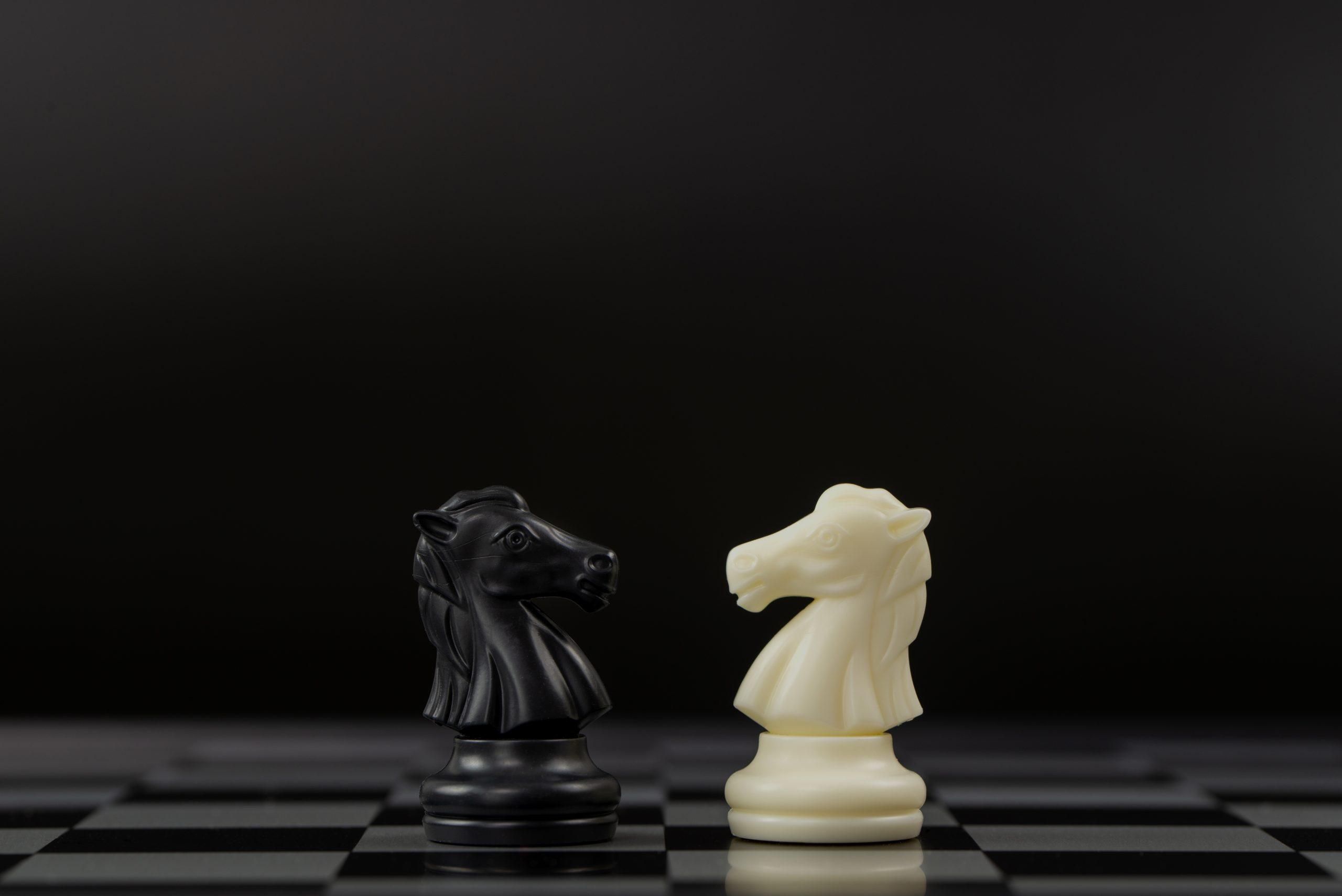 Dropshipping vs Amazon FBA: A Fulfillment Battle